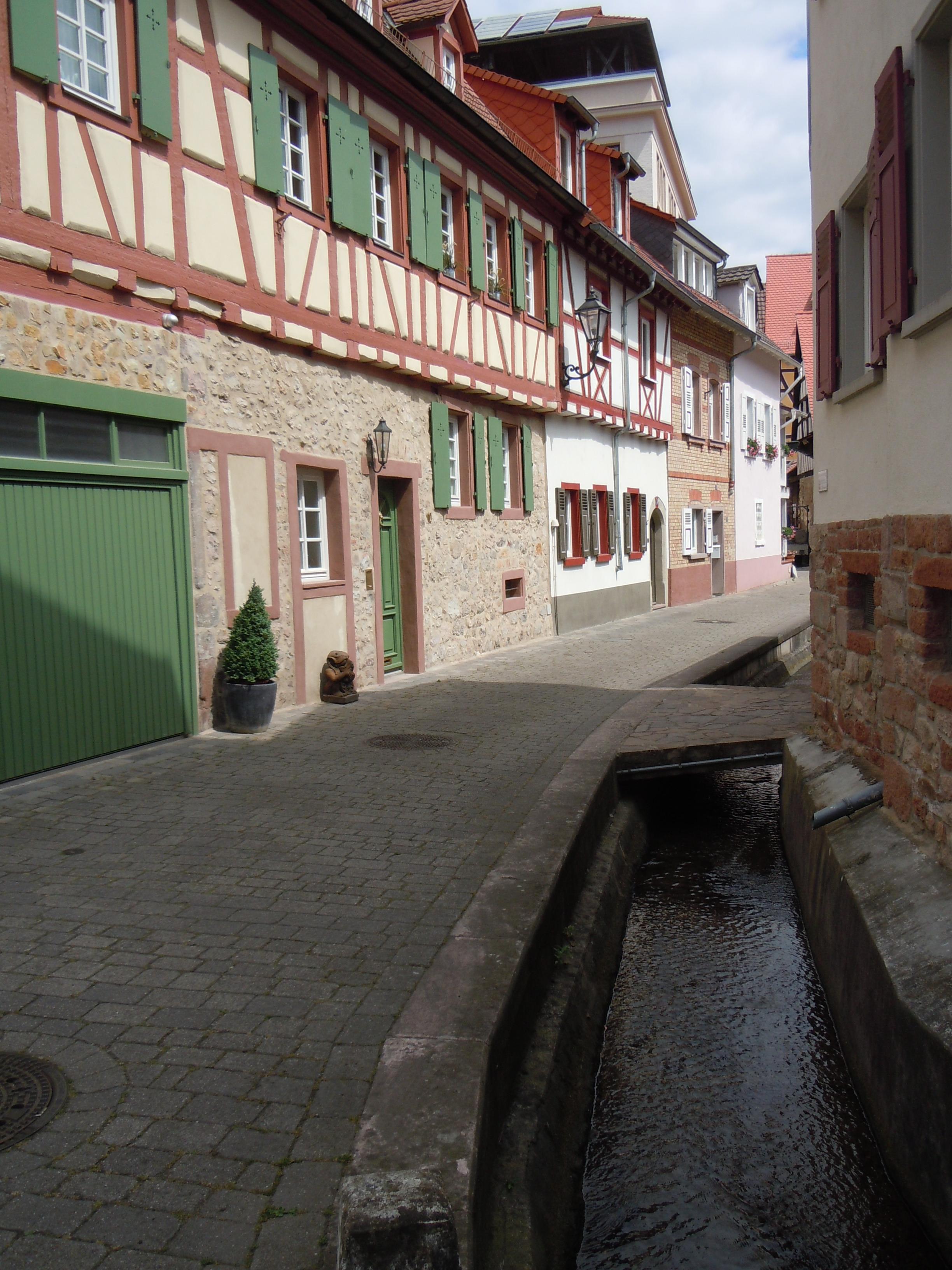16 Weinheim