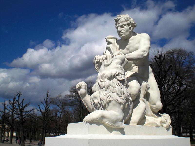 Simson kämpft mit dem Löwen