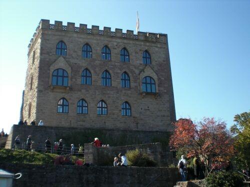 09.Hambach_Castle
